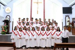 mẫu đồng phục ca đoàn công giáo